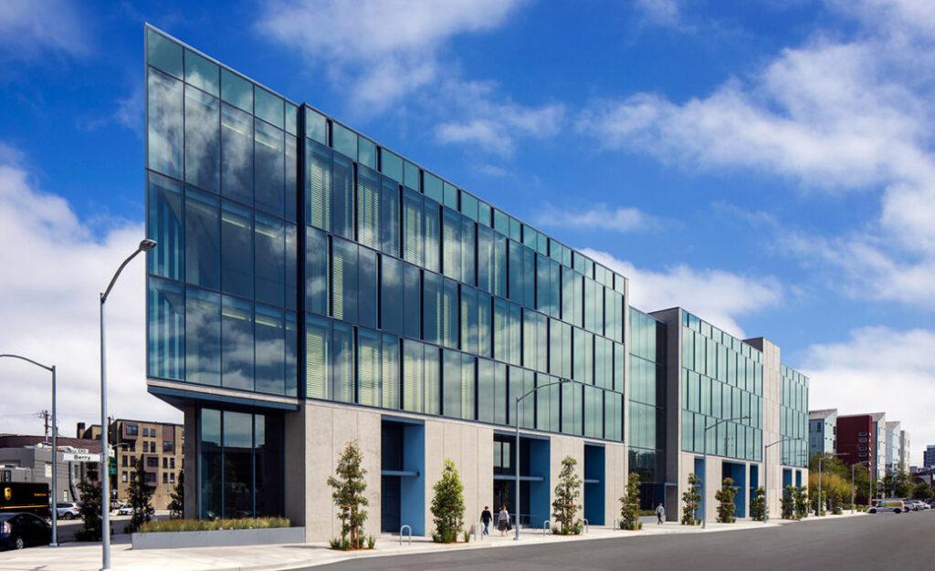 Perkins & Will completa la primera estructura de madera a gran escala de varios pisos de San Francisco | 2021-09-21
